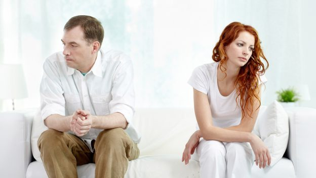 Divorț în Marea Britanie și România. Metode, contacte