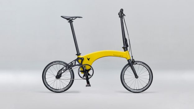 Cea mai ușoară bicicletă pliabilă din lume, creată în UK de 2 români