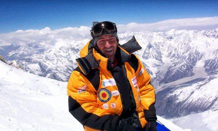 Portretul primului român care a urcat de mai multe ori Everestul
