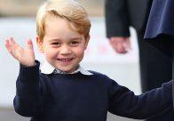 Prințul George a început școala. Fotografie cu Prințul William