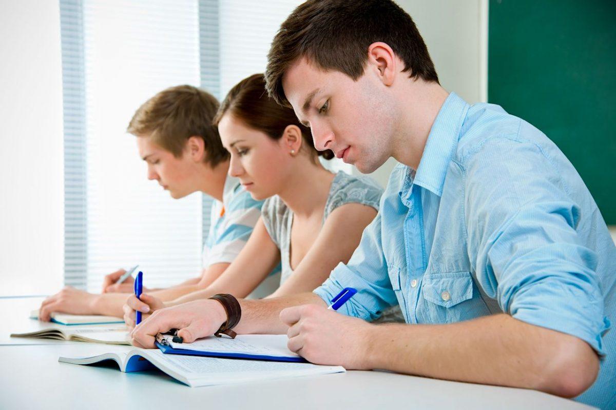 Examenul maturităţii într-o şcoală imatură - bacalaureat
