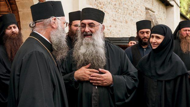 Despre inima duhovnicească, rugăciune și sfințenie – Părintele Zaharia Zaharou (video)